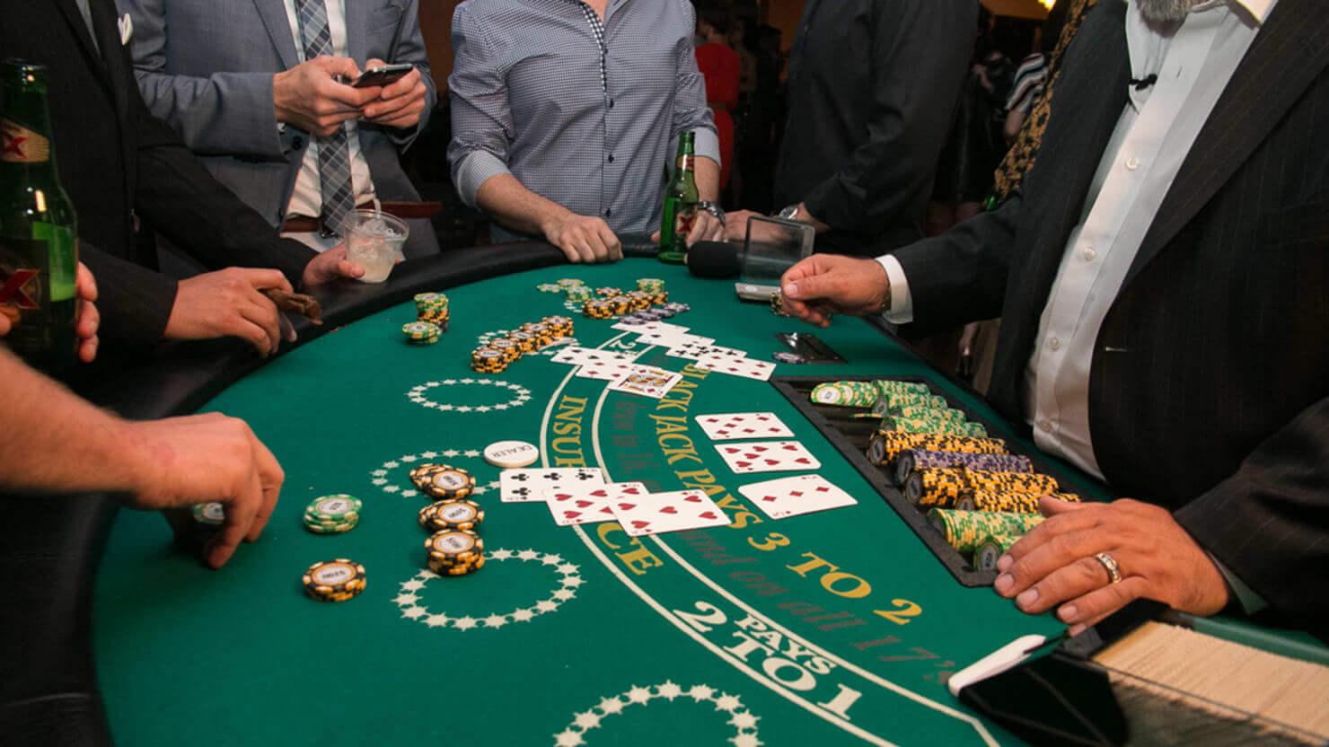Spela Blackjack gratis